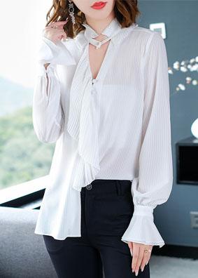 欧洲站女装荷叶边镂空V领衬衫女秋冬2018新款纯色喇叭袖长袖衬衣 5168