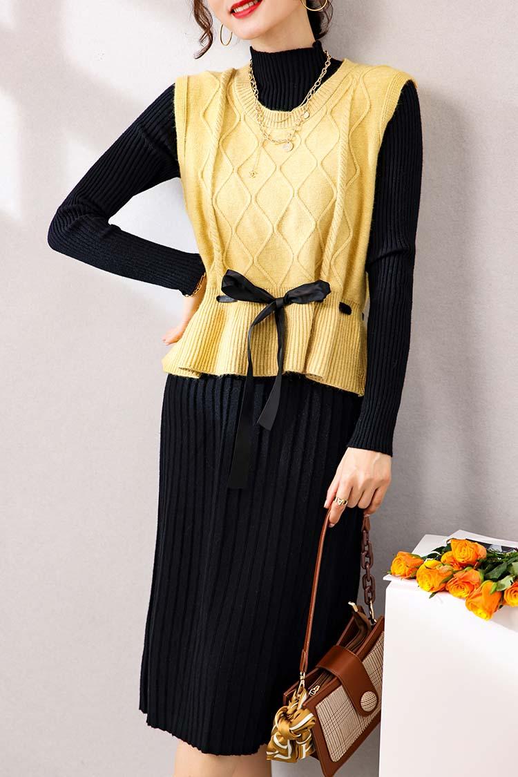 针织连衣裙秋冬两件套 033020抽绳背心马甲+羊毛百褶裙时尚套装女