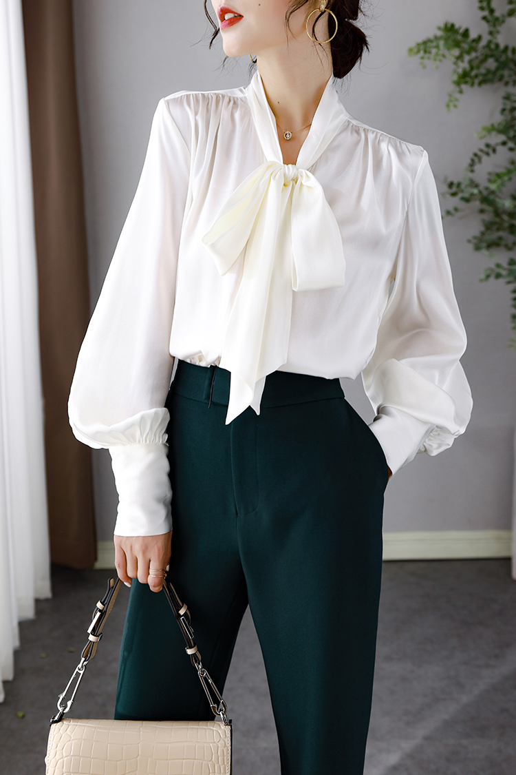 时尚复古灯笼袖真丝衬衫女秋 014083设计感时髦飘带V领桑蚕丝上衣