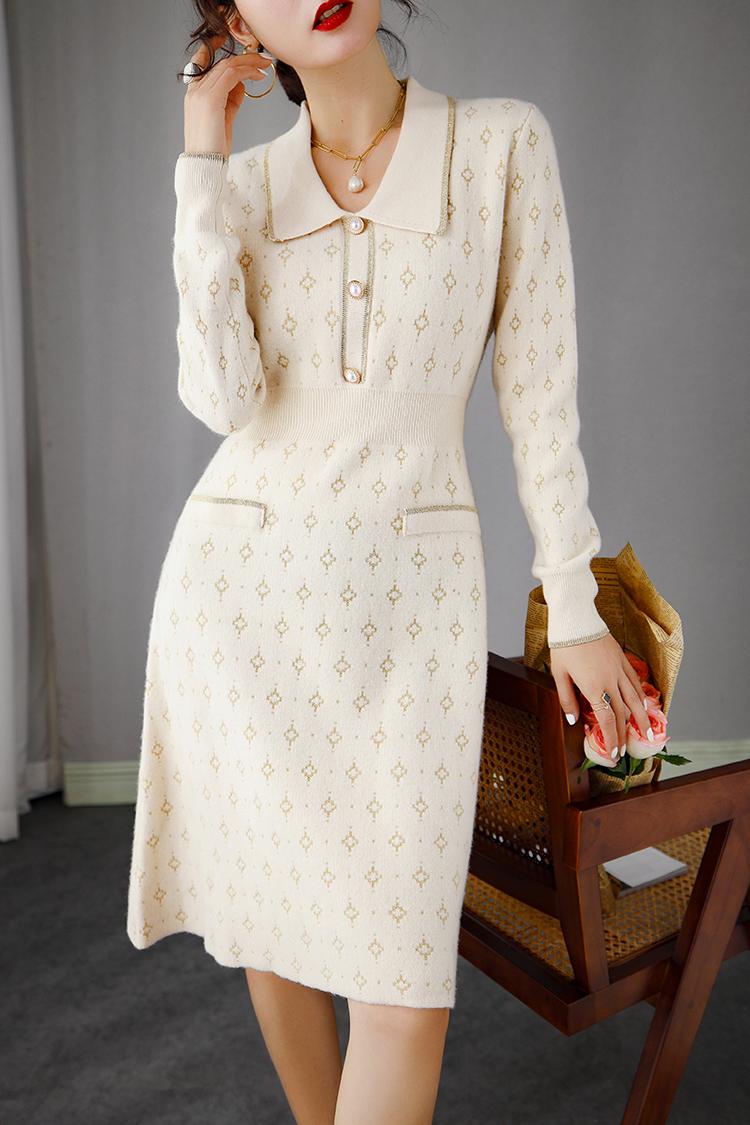 法式小香风针织连衣裙秋冬 轻奢娃娃领刺绣收腰显瘦羊毛打底裙女